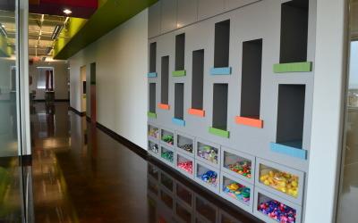 World Pediatric Dental Toy Wall