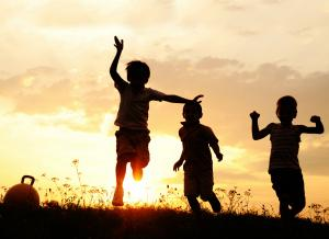 silhouette-of-kids